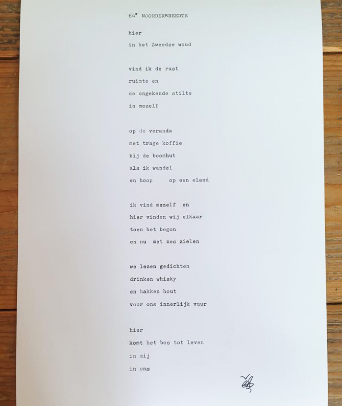 Gedicht over gevoel van Zweden bij een foto over Zweeds bos.